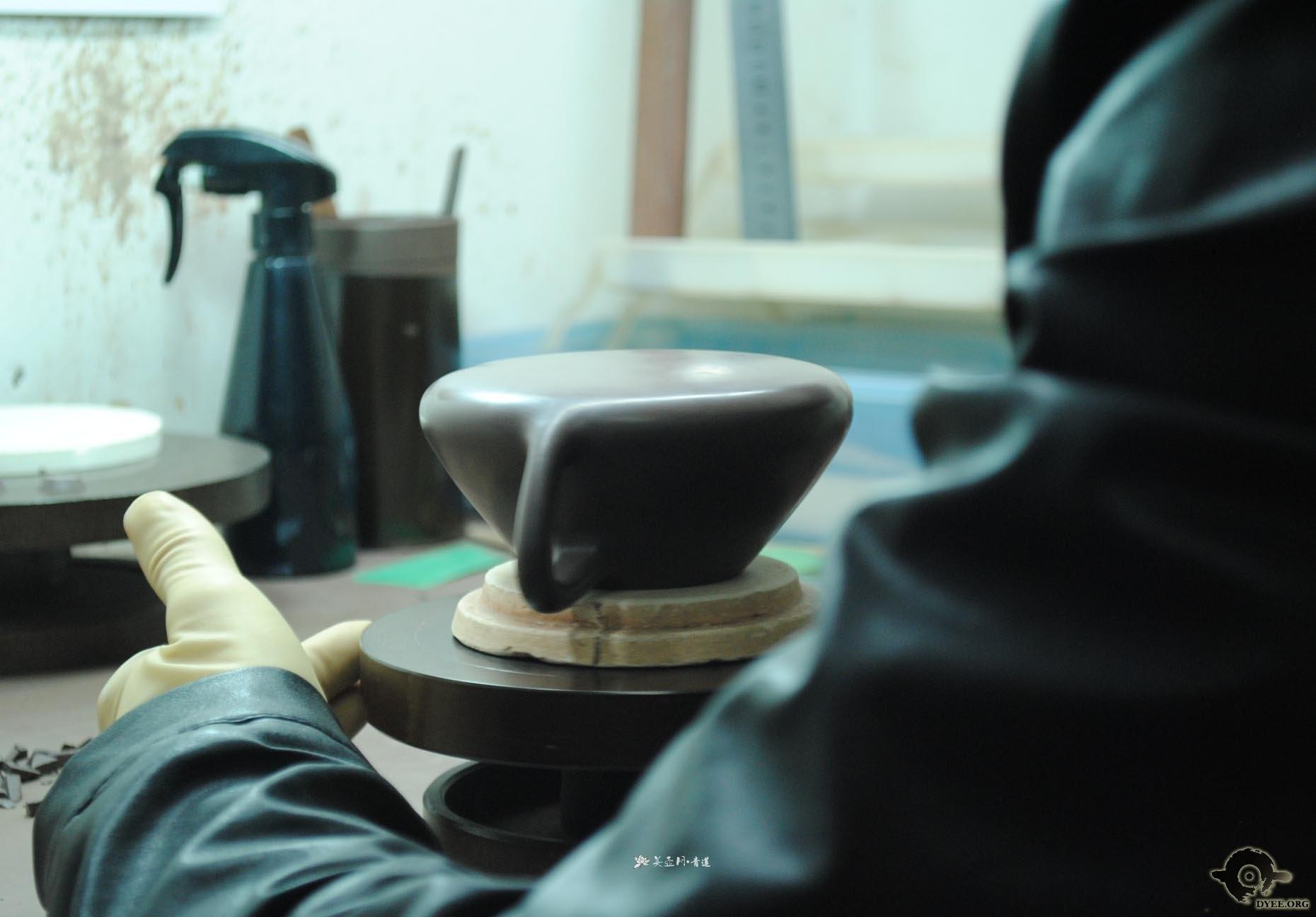 紫砂图片集合  来源:汤红专全手工子冶石瓢制作过程演示  来源:汤红专